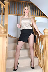 Pantyhose mistress from Lady Sonia