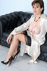 Cock trample milf from Lady Sonia