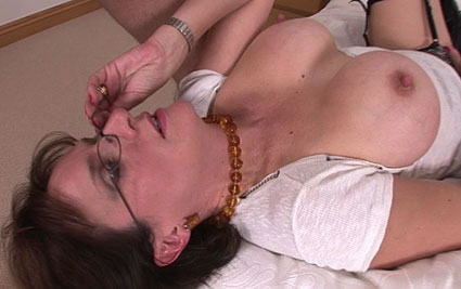 Cumload on glasses from Lady Sonia