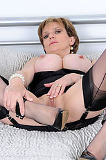 Hot lingerie milf from Lady Sonia