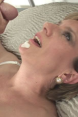 Lady sonia facial from Lady Sonia