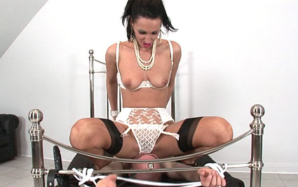 Facesitting mistress from Lady Sonia
