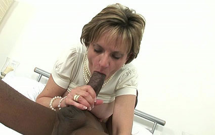 Black cock blowjob from Lady Sonia
