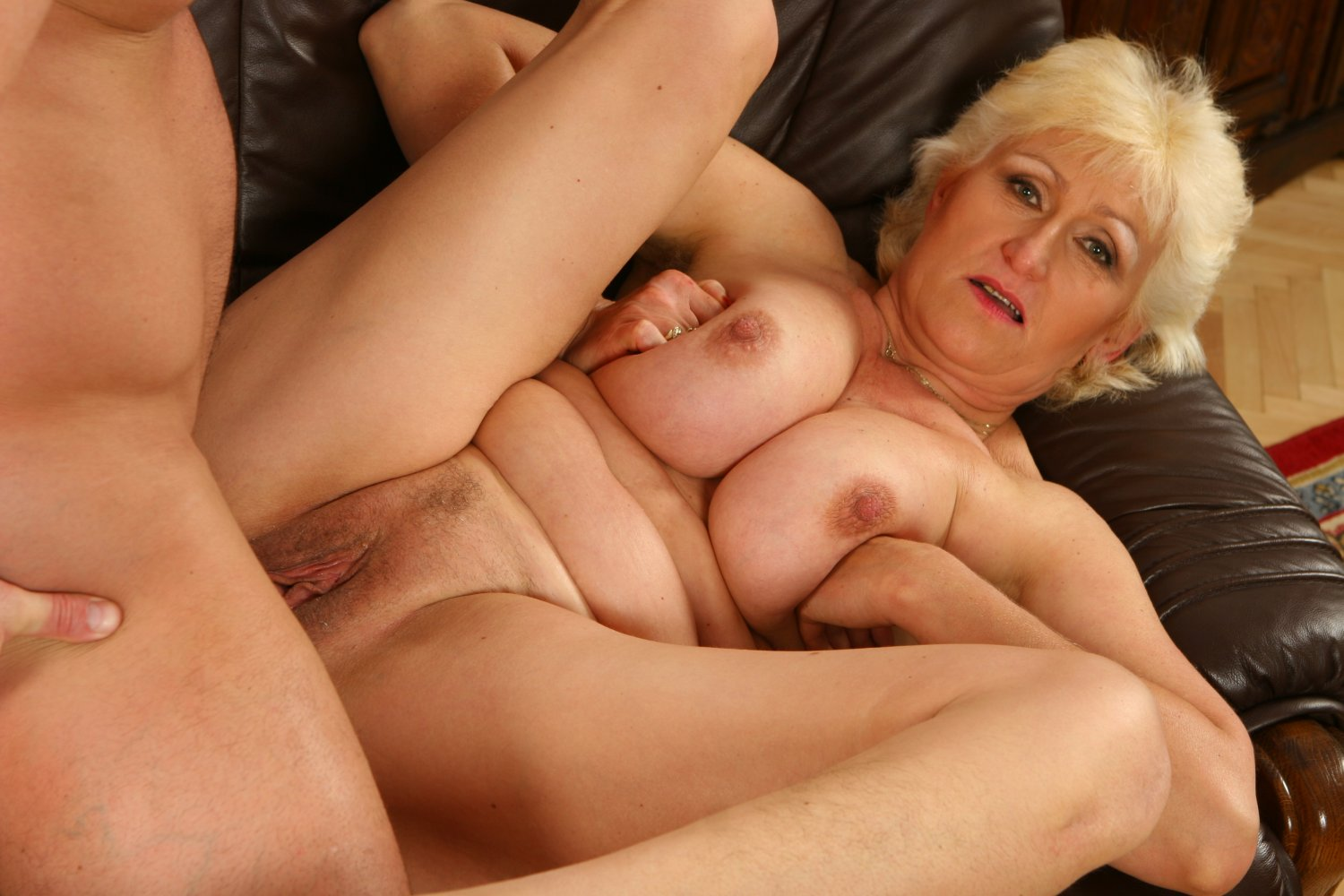 Dyked busty milf fucks husbands hot mistress 7