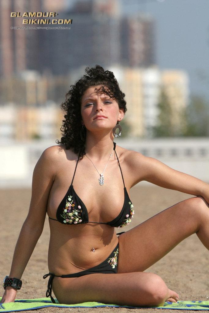bikini free glamour hawaii model pic